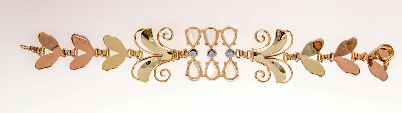 Tiffany & Co. Montana Sapphire Moonstone Gold Bracelet In Good Condition For Sale In Stamford, CT