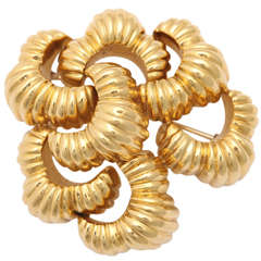 Large Gold Ruffled Pin