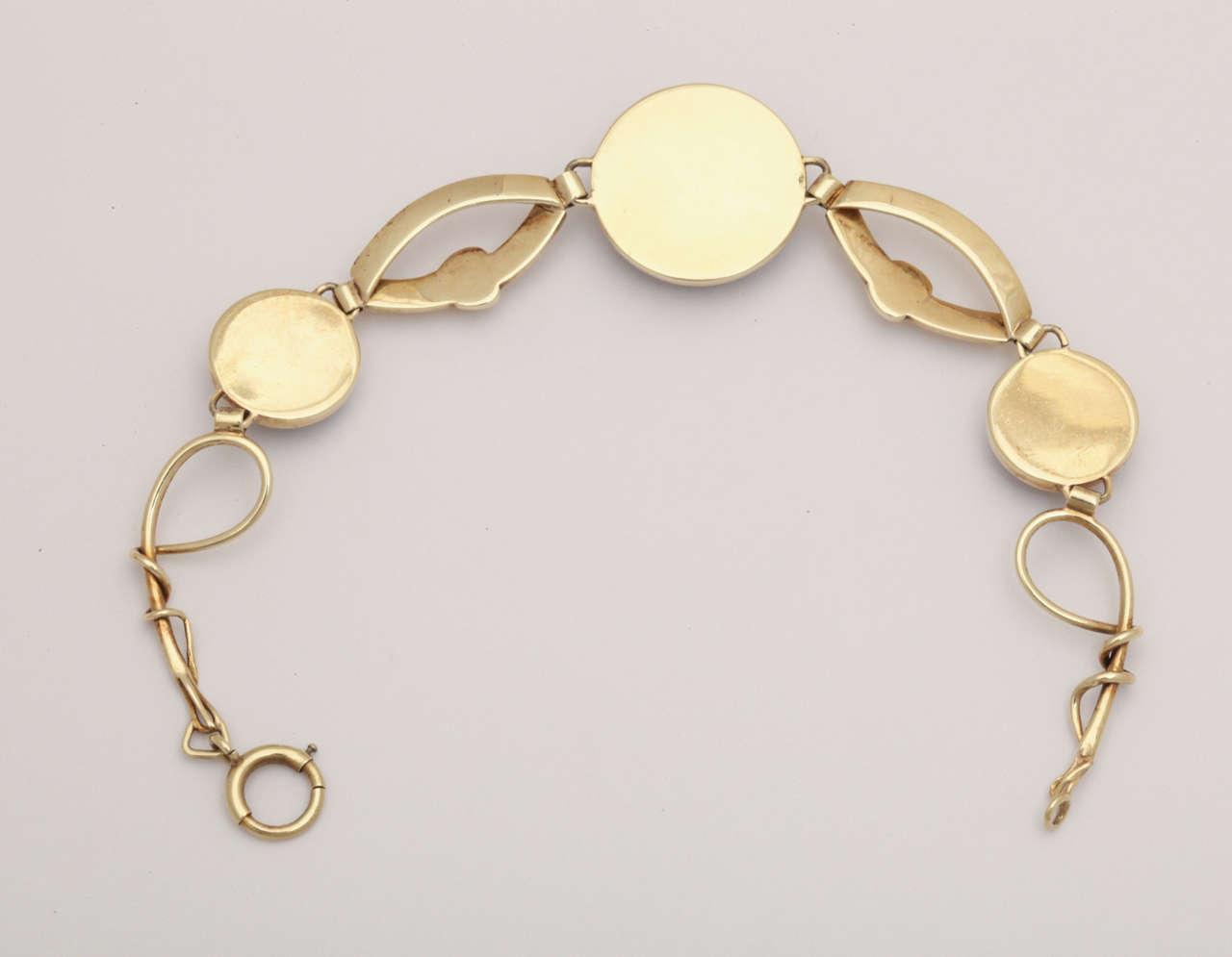 Hunting Dog Reverse Crystal Intaglio Bracelet For Sale 2