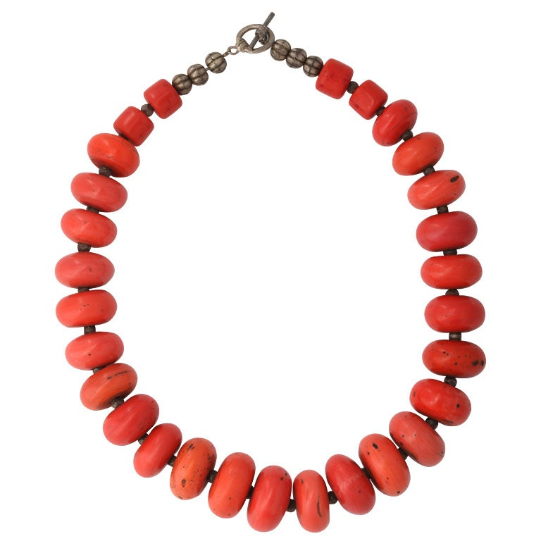 Coral Beaded Necklace For Sale