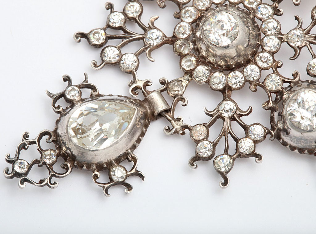 Perfection in a Georgian French Paste Pendant For Sale 1