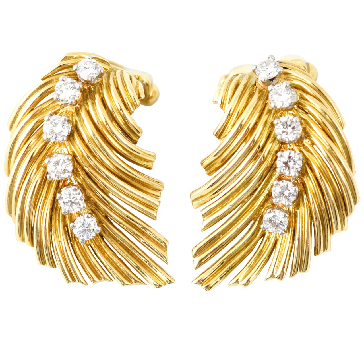 Van Cleef & Arpels Diamond Gold Leaf Clip Earrings