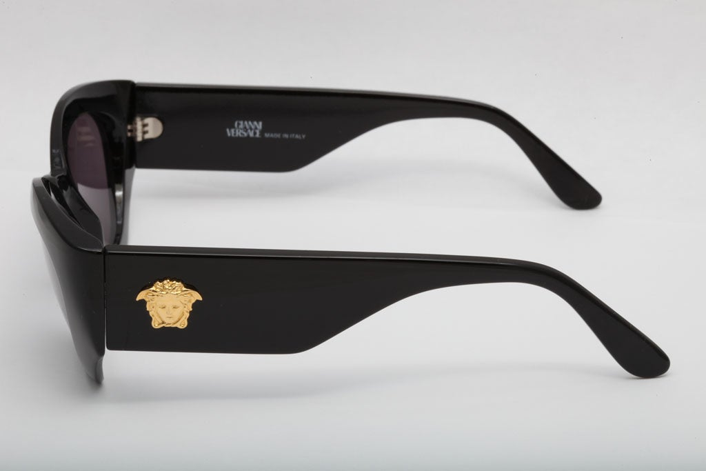Black Versace Sunglasses MOD 420 COL 852 For Sale