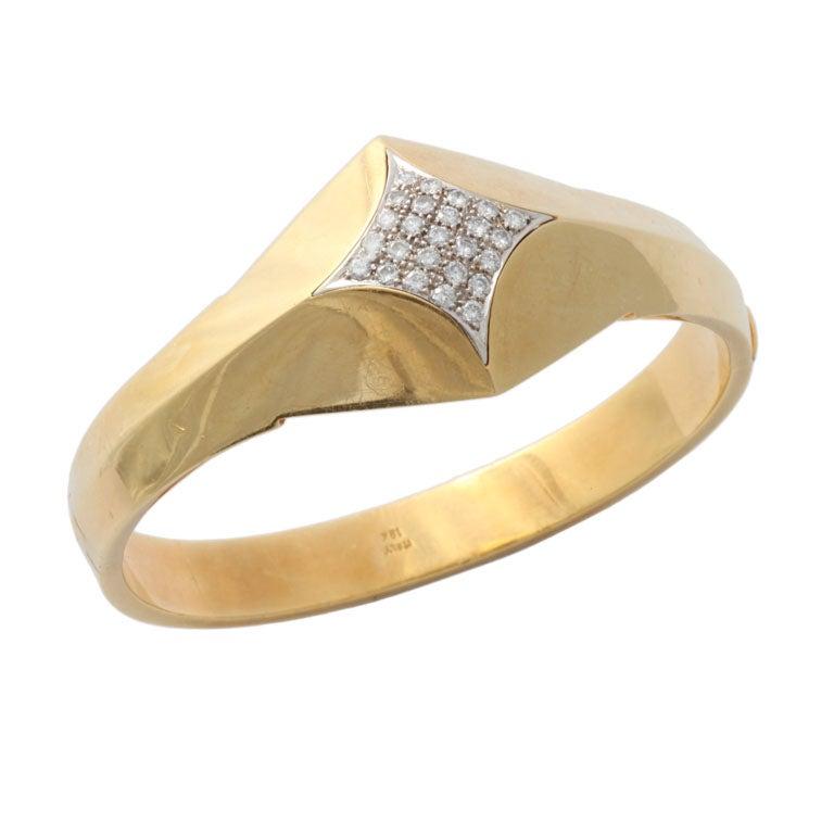 18kt Diamond Pave Bangle