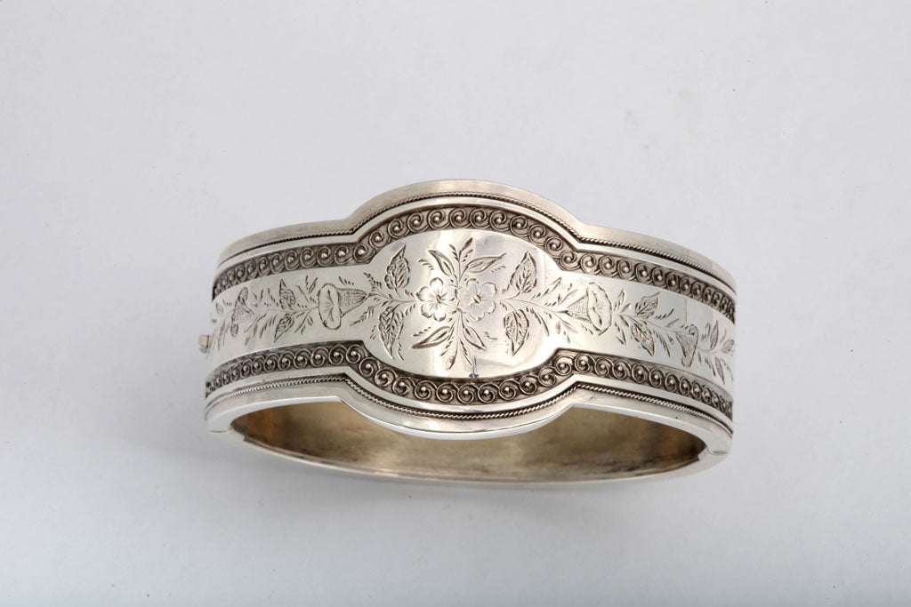 Unusual Victorian Sterling Silver Etched Bangle Bracelet image 3