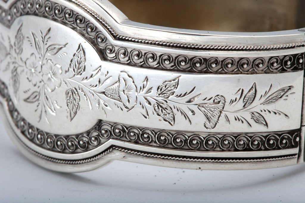 Unusual Victorian Sterling Silver Etched Bangle Bracelet image 8
