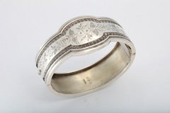 Unusual Victorian Sterling Silver Etched Bangle Bracelet thumbnail 2