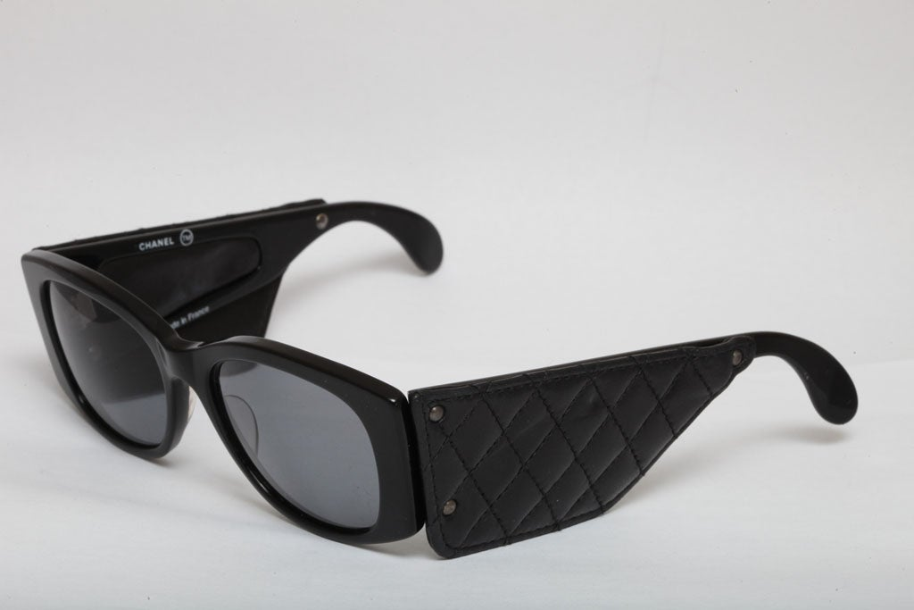 Vintage Chanel Quilted Leather Sunglasses For Sale at 1stdibs : chanel quilted glasses - Adamdwight.com