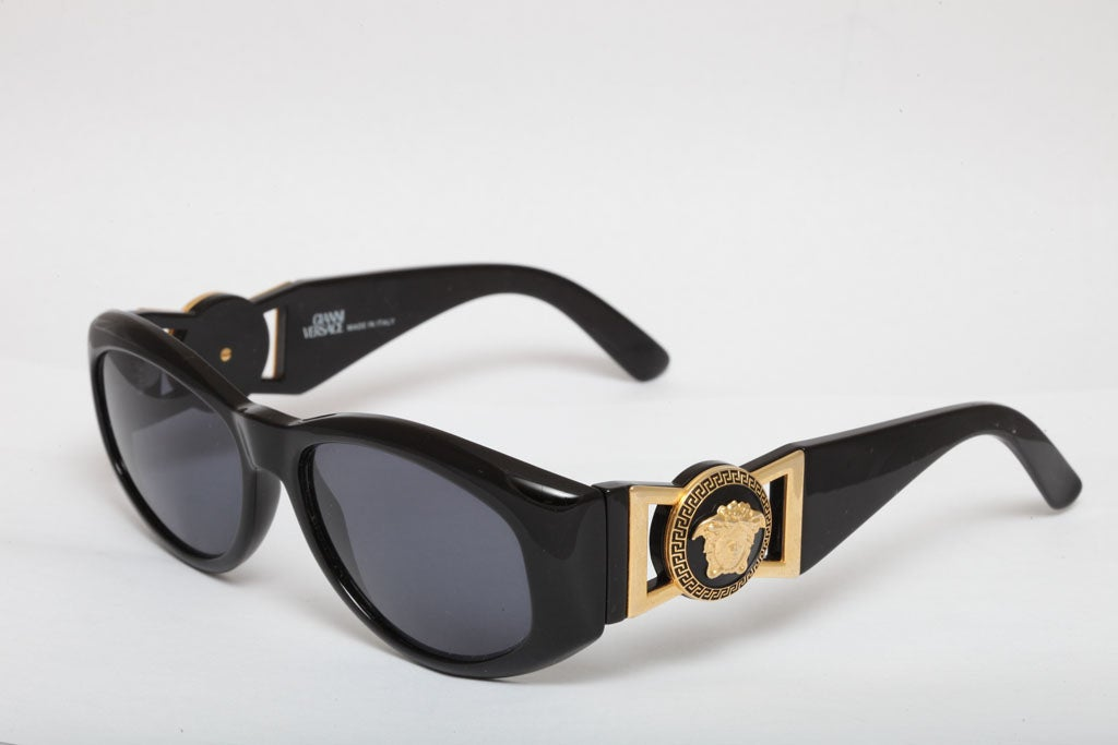 gianni versace sunglasses mod 424 m at 1stdibs. Black Bedroom Furniture Sets. Home Design Ideas