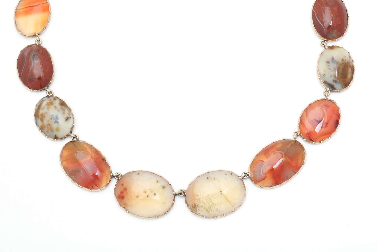 Women's Sunrise-Sunset Color in a Victorian Natural Agate Necklace and Earrings For Sale