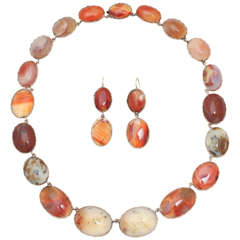 Sunrise-Sunset Color in a Victorian Natural Agate Necklace and Earrings