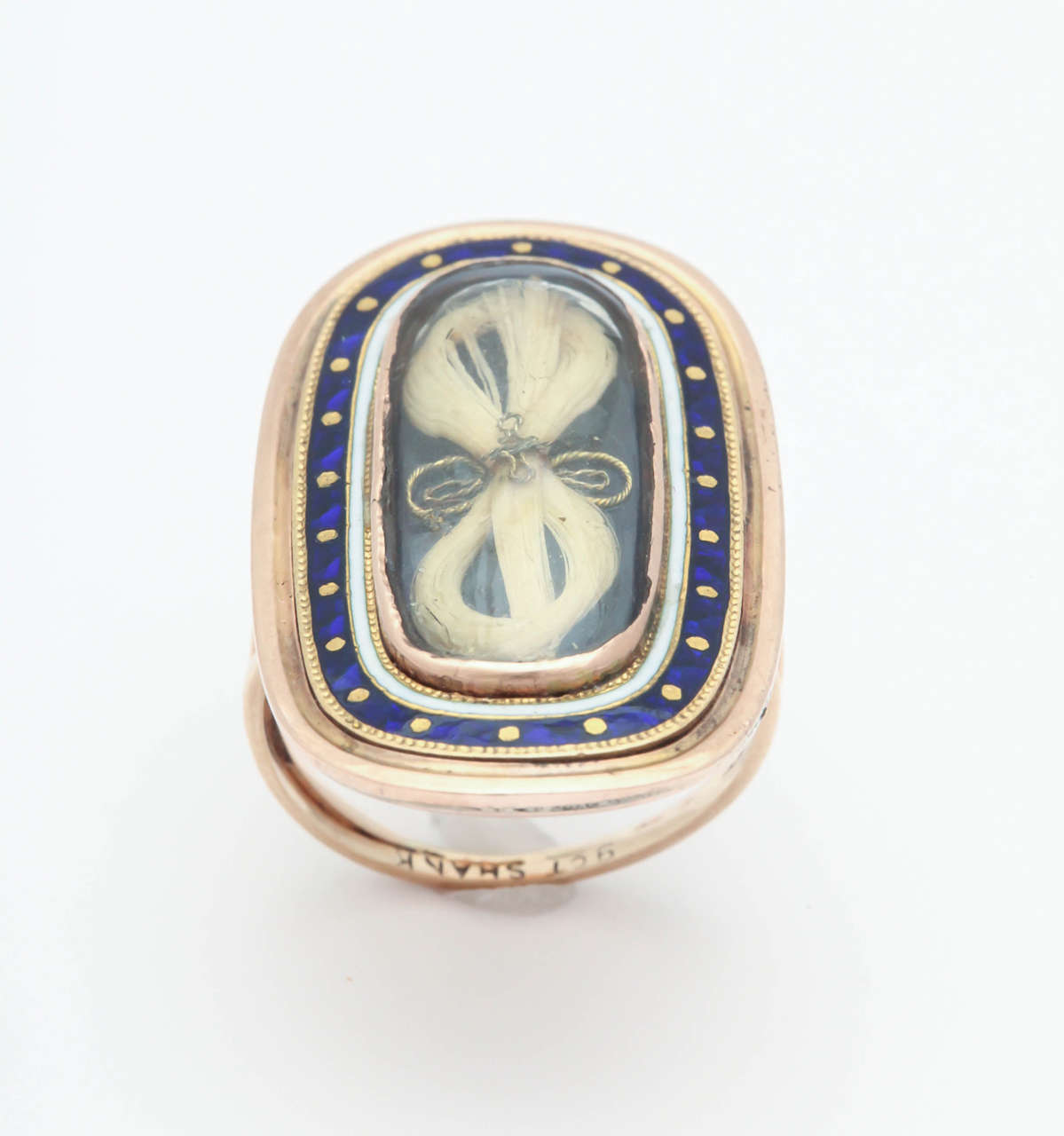 Antique Georgian Enamel Gold Memorial Ring Symbolizes Remember Me For Sale 1