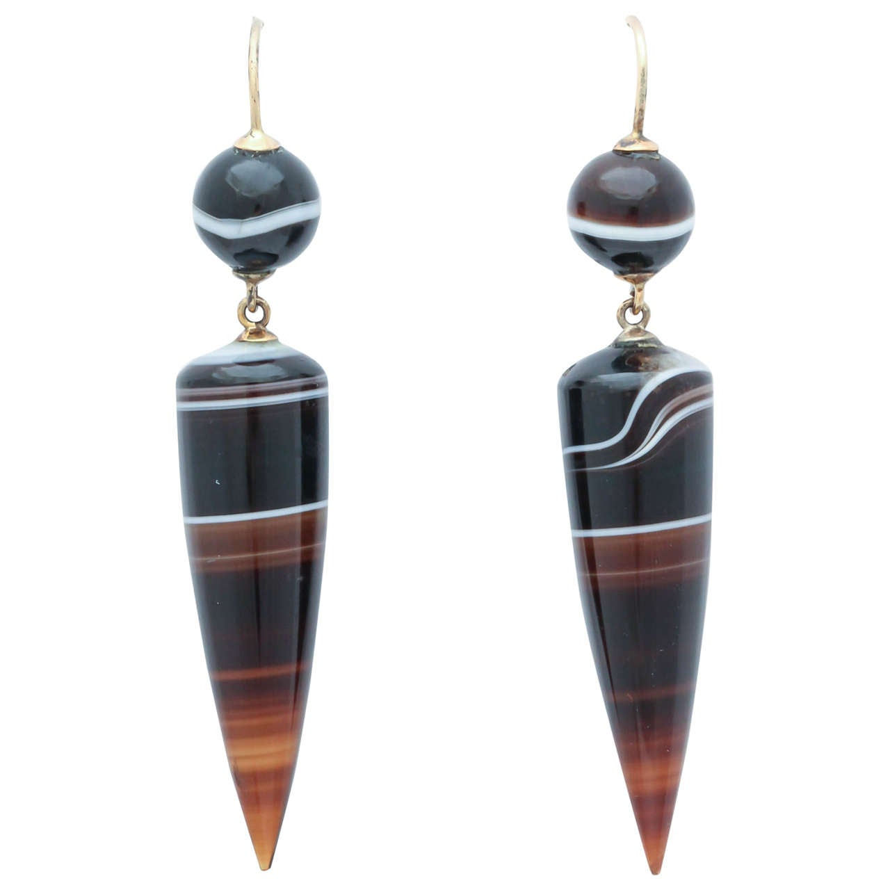 Natural Wonders: Victorian Banded Agate Earrings 1