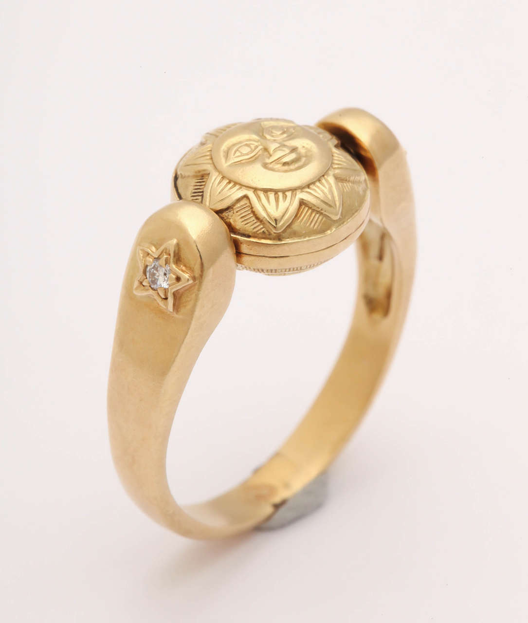 Gold Sun/Moon Swivel Ring 3