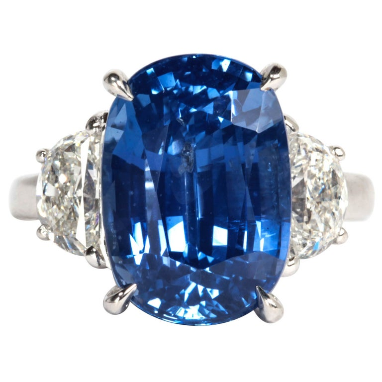 Certified Natural No Heat 11.51 Carat Cushion Cut Sapphire and Diamond Ring For Sale