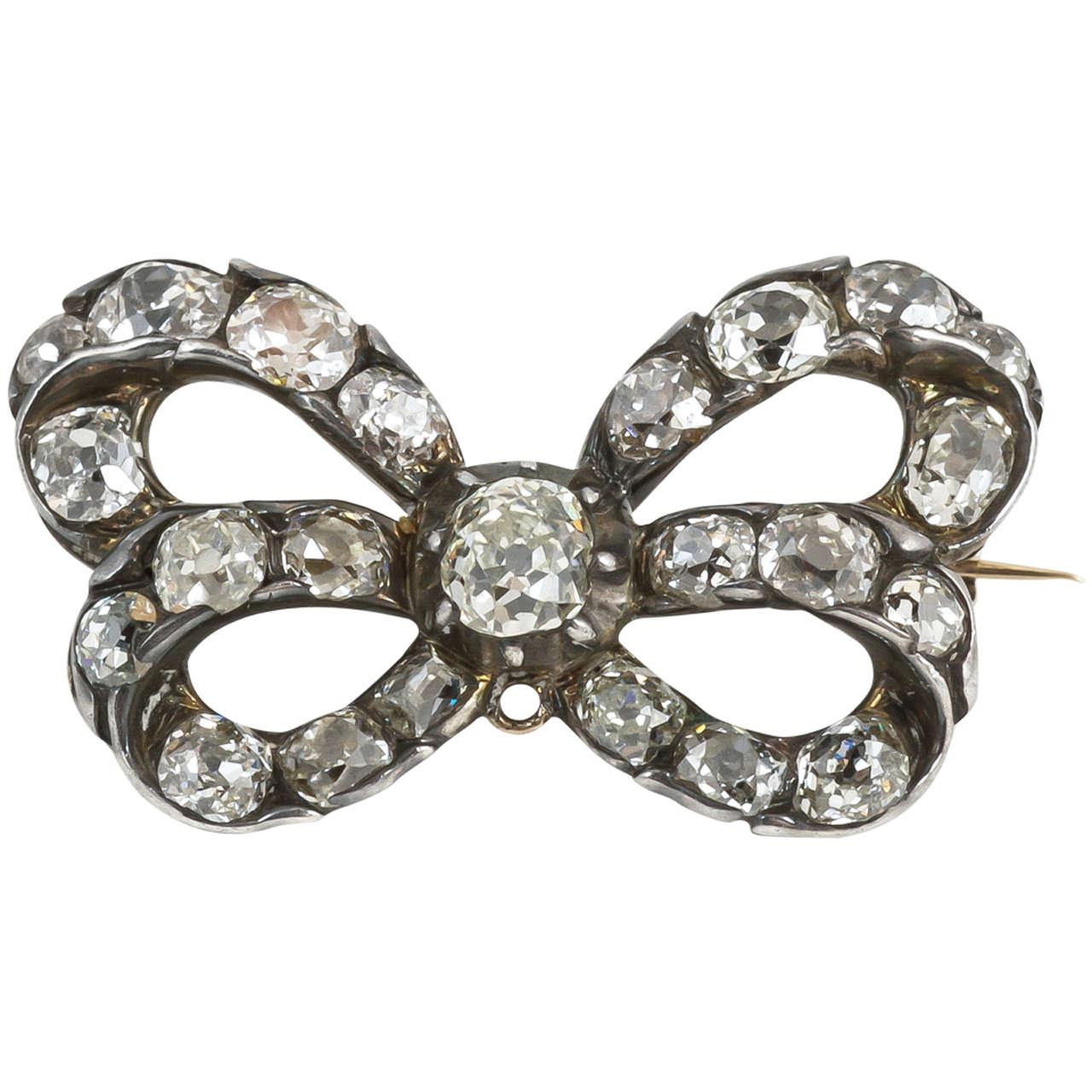 18th Century Cushion Cut Diamond Bow Brooch