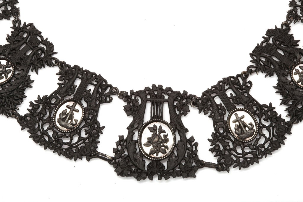 Antique Georgian Berlin Iron Musical Motif Necklace In Excellent Condition For Sale In Stamford, CT