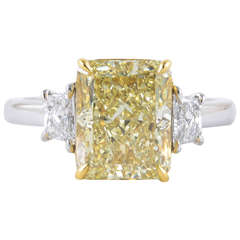 4 carat GIA certified Fancy Light Yellow VVS1 Diamond Ring