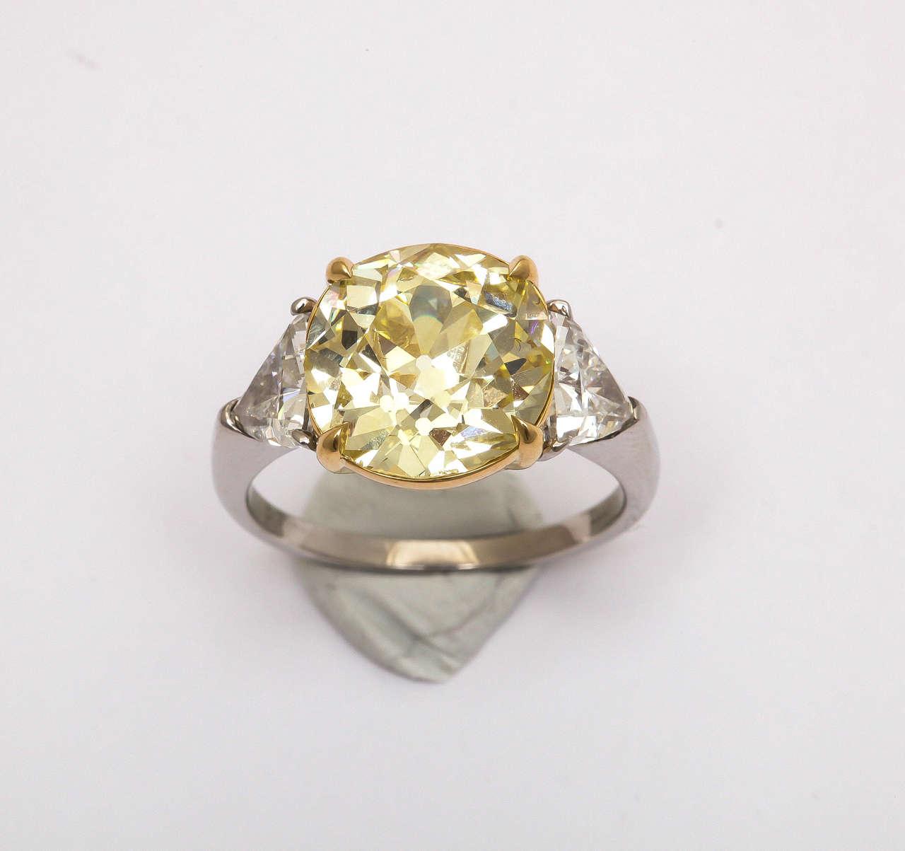 Old Mine Brilliant Fancy Yellow Diamond Platinum Ring 3