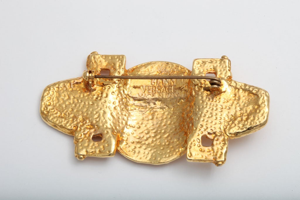 Gianni Versace Medusa Brooch In Excellent Condition For Sale In New York, NY