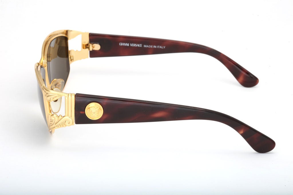 93afe47afd GIANNI VERSACE SUNGLASSES MOD S 62 COL 030 at 1stdibs