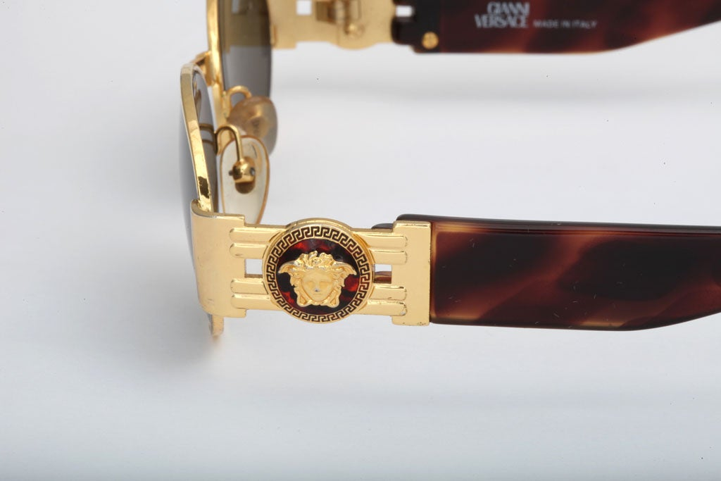 GIANNI VERSACE SUNGLASSES MOD S71 COL 030 For Sale 1