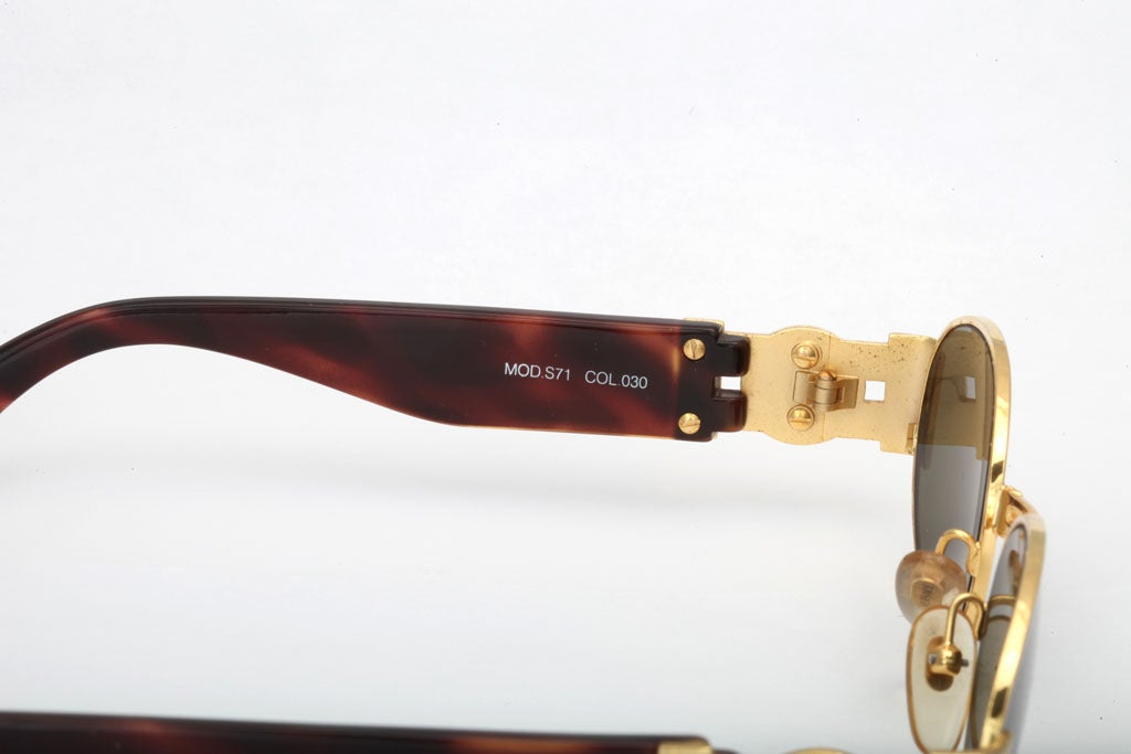 GIANNI VERSACE SUNGLASSES MOD S71 COL 030 For Sale 4