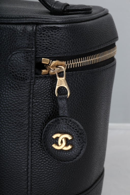 Chanel Black Cavier Skin Vanity Bag In Excellent Condition For Sale In New York, NY