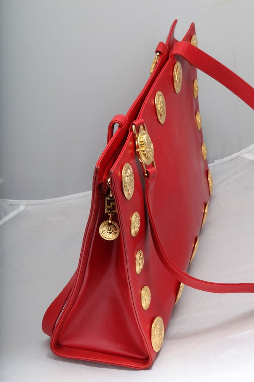 Gianni Versace Couture Red Large Tote Bag with Medusas  In Excellent Condition For Sale In New York, NY