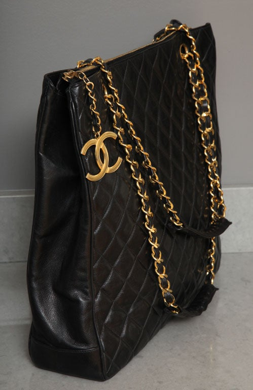 Chanel Black Tote Bag with Quilted Details 4