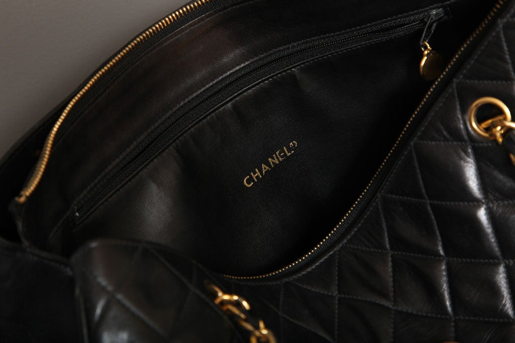 Chanel Black Tote Bag with Quilted Details 6