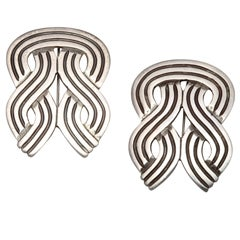 Better Than Solo; Twin Brooches from Los Castillos