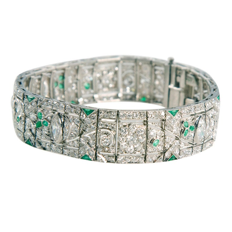 1920s Gorgeous Emerald Diamond Platinum Bracelet 2