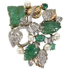Retro Hand Carved Pearl Emerald Diamond Gold Platinum Foliage Design Brooch