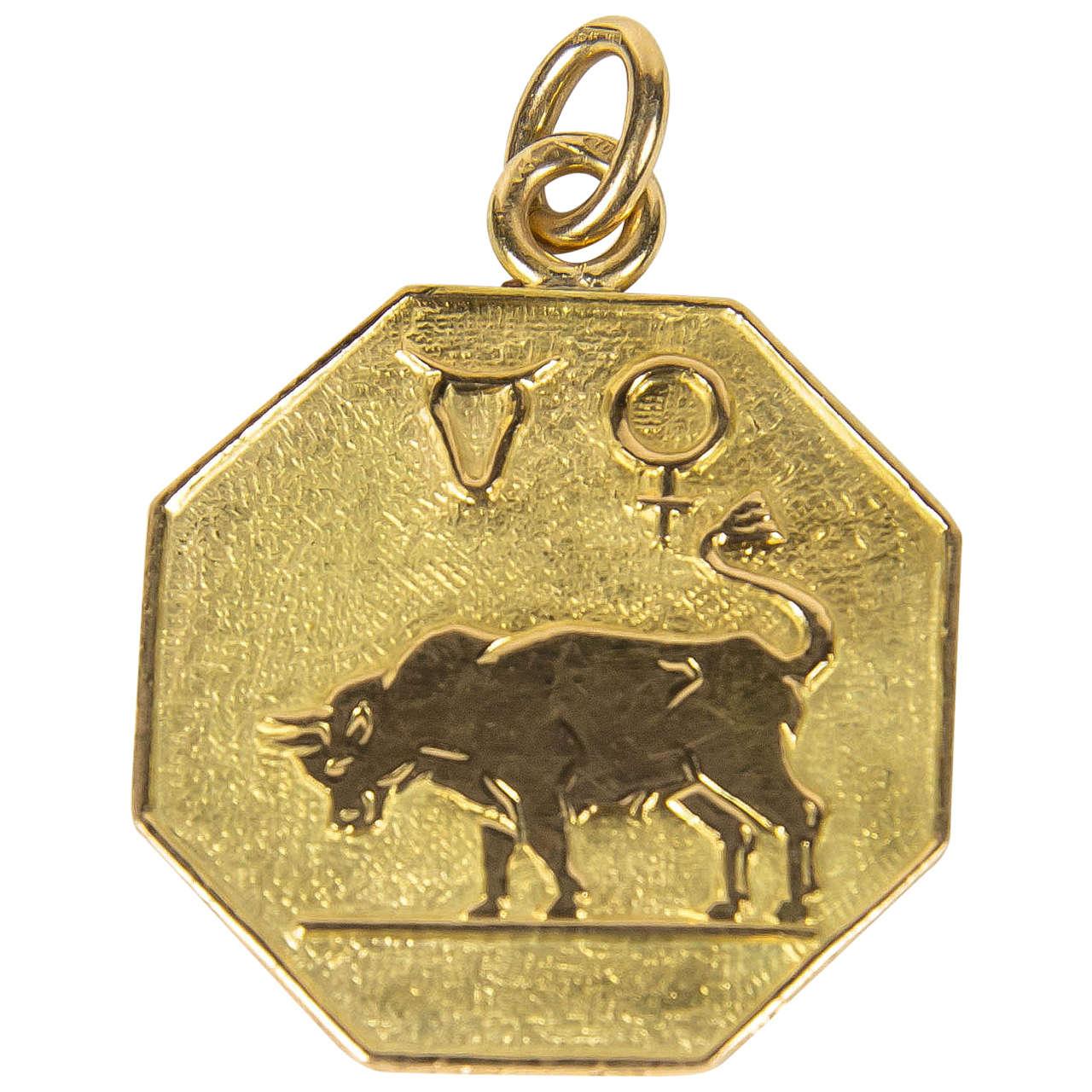 d2cac5d0d010ba Buccelatti Taurus Zodiac Gold Charm Pendant at 1stdibs