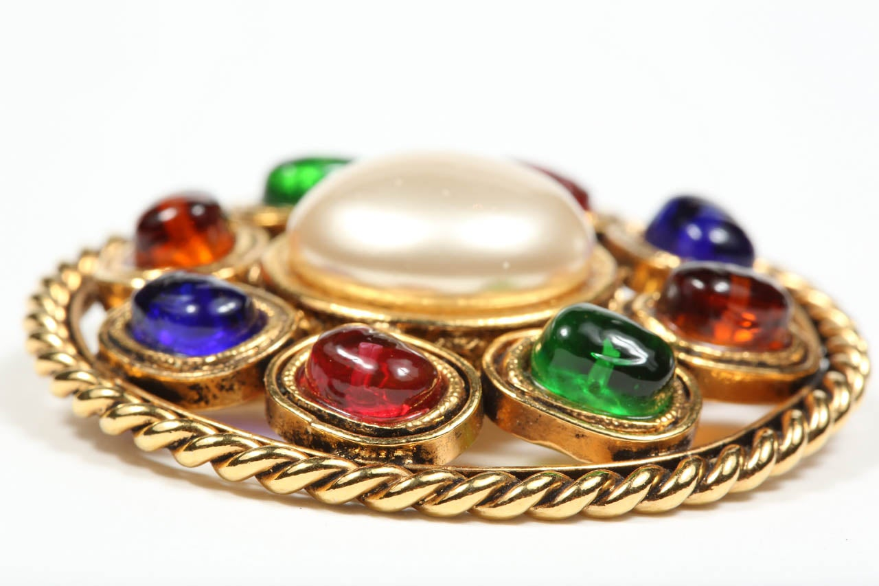 Chanel Colorful Poured Glass Brooch In Excellent Condition For Sale In Los Angeles, CA