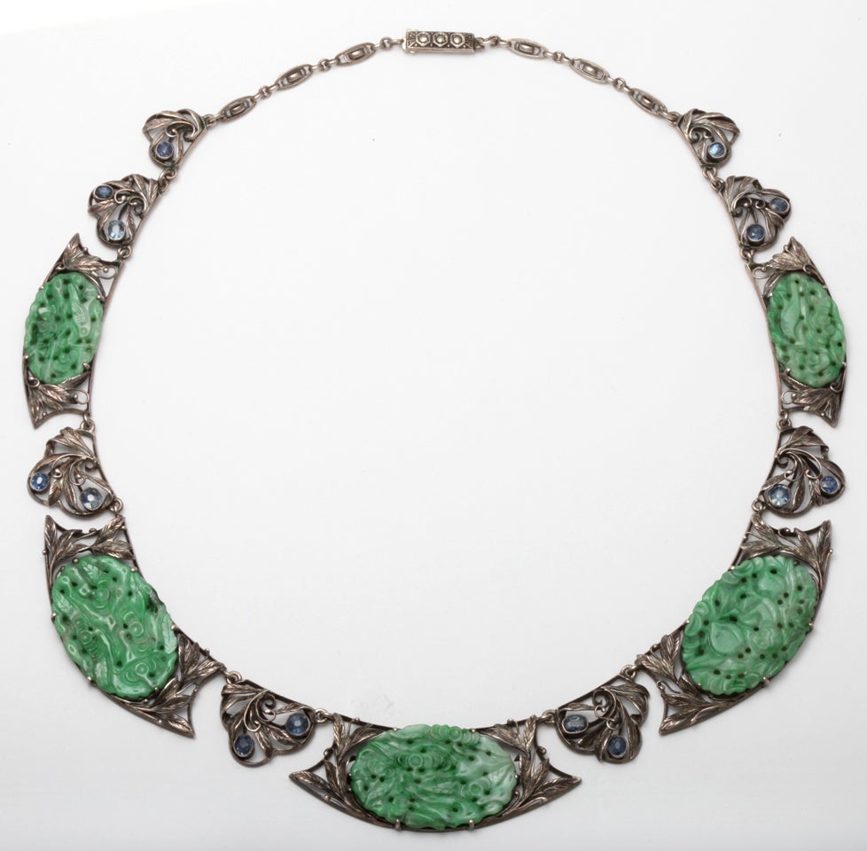 Antique jade and sapphire necklace at 1stdibs for Pictures of jade jewelry