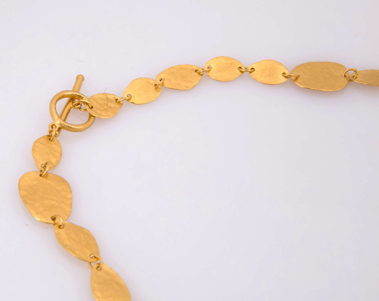 Yossi Harari Gold Necklace In Excellent Condition For Sale In St.amford, CT