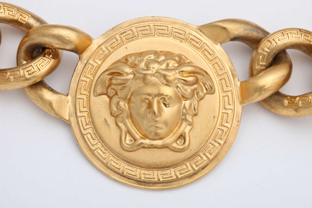 Versace 3 Medusa Gold Chain Necklace 8