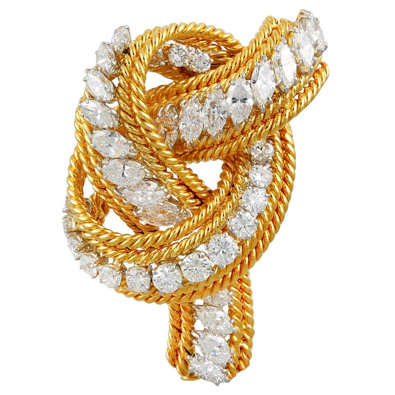 DAVID WEBB Diamond Gold Rope Knot Pin