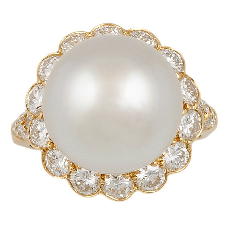 Van Cleef & Arpels Pearl Diamond Ring