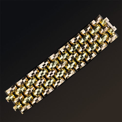 Colossal Retro Tank Tread Bracelet In Excellent Condition For Sale In San Francisco, CA