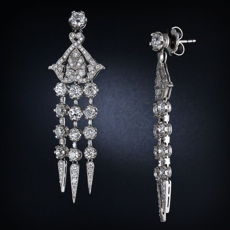 Diamond Platinum Edwardian Style Chandelier Earrings In Excellent Condition For Sale In San Francisco, CA