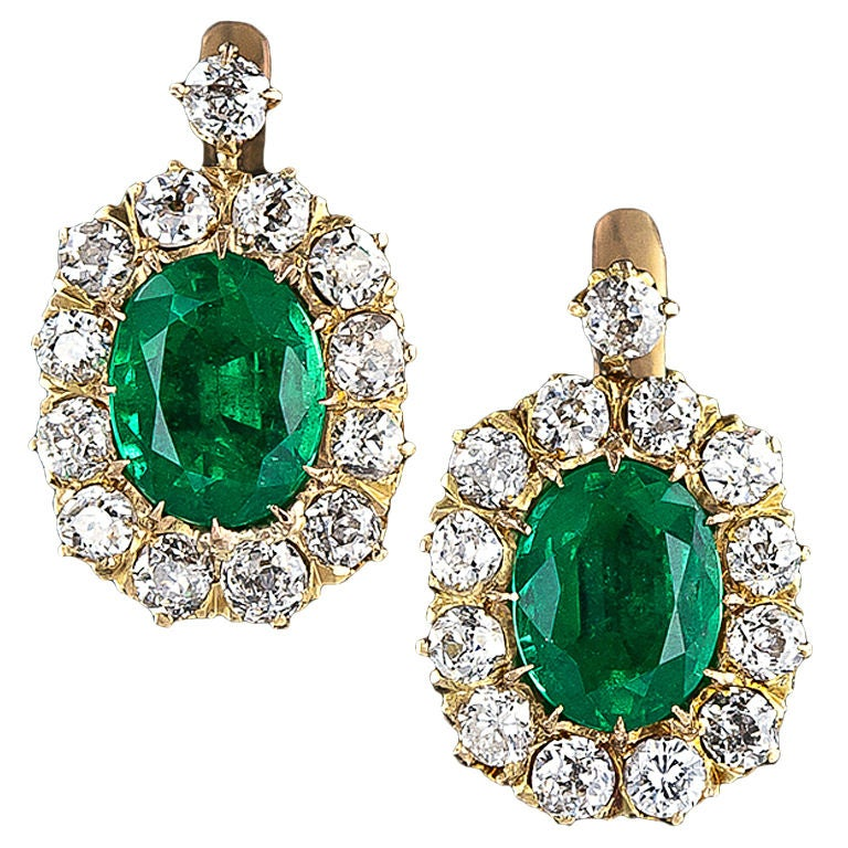 Victorian Emerald and Diamond Cluster Earrings For Sale at 1stdibs