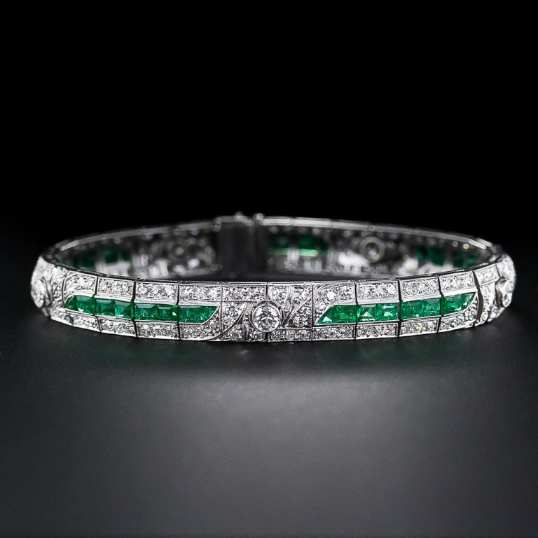 A Gorgeous Glistening Line Of Rich Bright Green Emeralds Is The Main Attraction This Emerald And Diamond Art Deco Bracelet