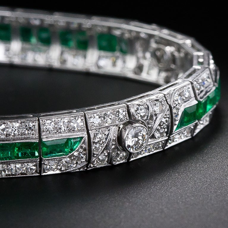 Emerald and Diamond Art Deco Bracelet In Excellent Condition For Sale In San Francisco, CA