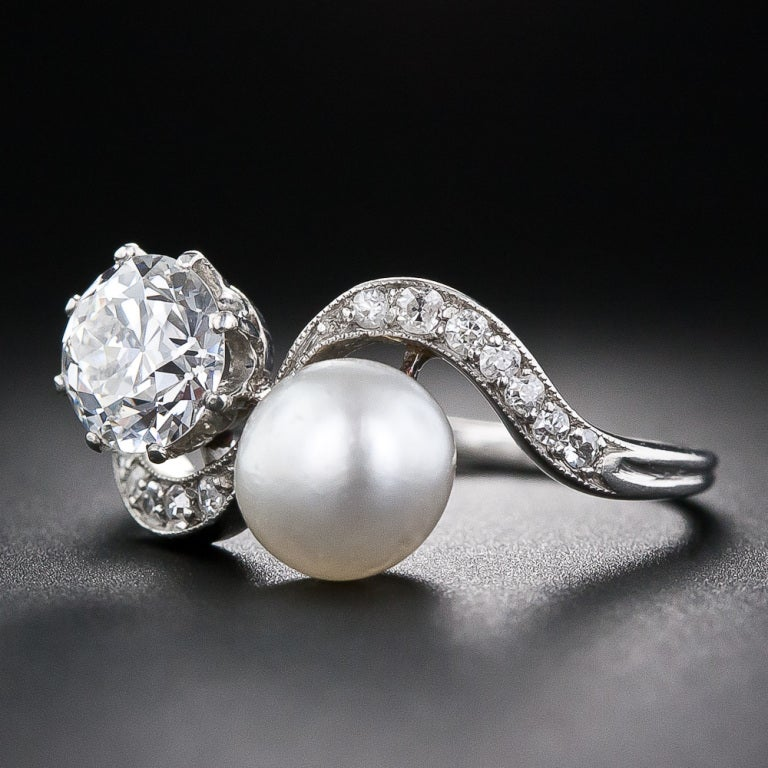Women's 1.08 Carat Diamond and Natural Pearl Edwardian Twin Ring For Sale