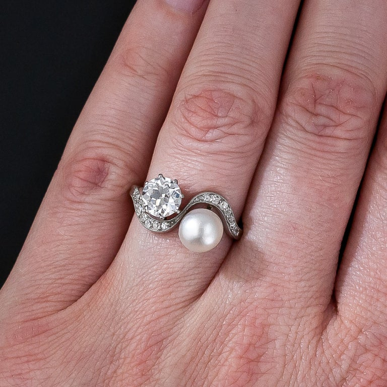 1.08 Carat Diamond and Natural Pearl Edwardian Twin Ring For Sale 2