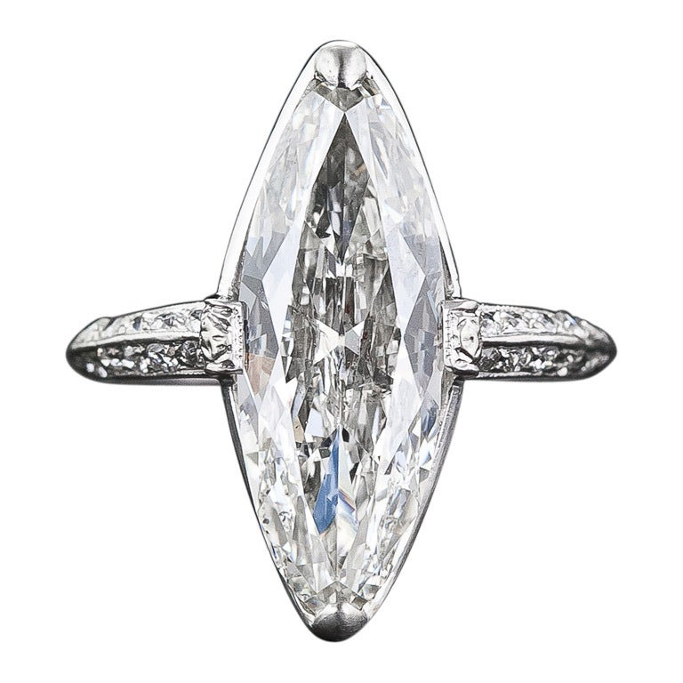 Exquisite Art Deco Cartier 3.98 Carat Marquise Diamond Ring