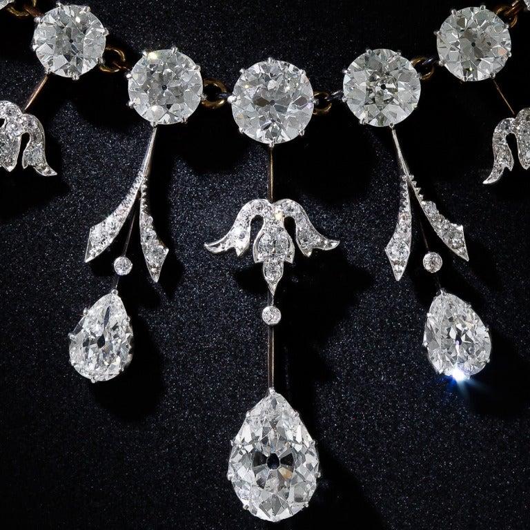 Women's or Men's Extraordinary Edwardian Diamond Fringe Necklace For Sale